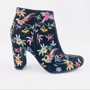 Lulu's Shoes - Lulu's Velvet Embroidered Floral Ankle Boots